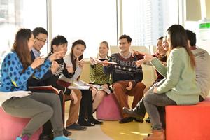 美国生活英语口语,美国风俗英语课程强化